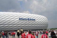 Mit dem Bayern-Fanclub in die Allianz-Arena