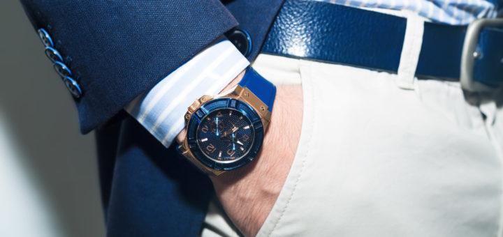 Blaue Replica Uhr