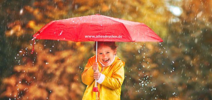 bedruckte Regenschirme